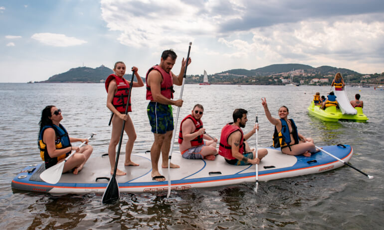Image GIANT SUP BOARDS and INFLATABLE CANOES